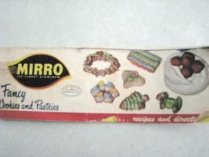 mirro-cooky-press-cookbook-300x225